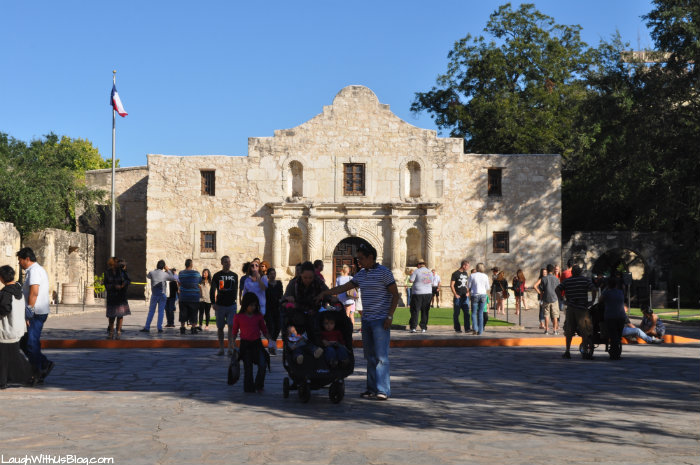 Saturday night at the Alamo