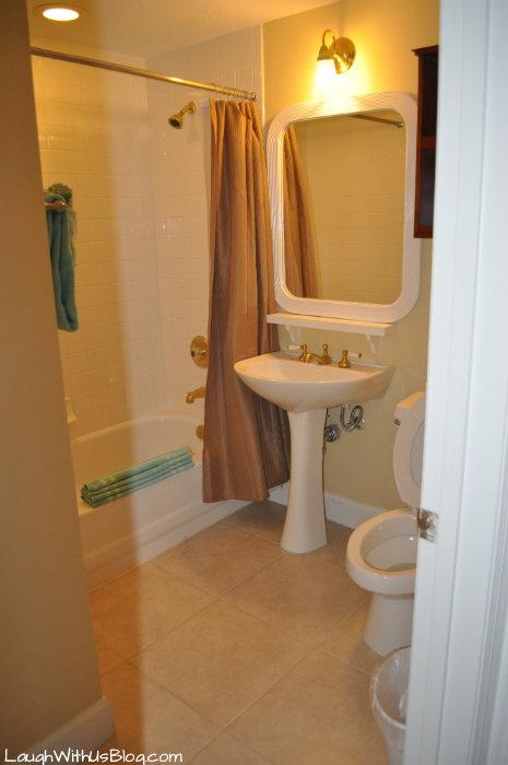 Cypress Pointe Resort 3rd Bathroom