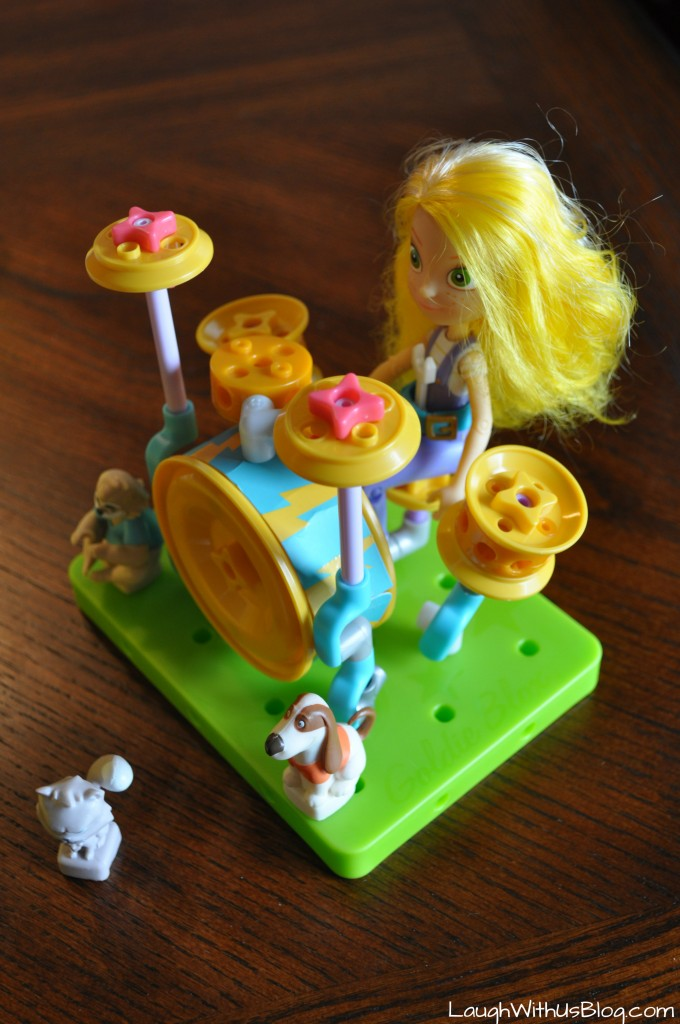 GoldieBlox and TheBuilder's Survival Kit Val's Drum Set #GirlsNeedGoldie #ad