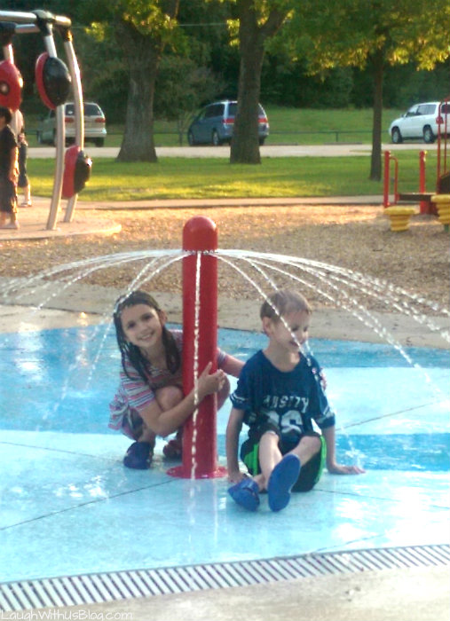 Splash Pad at the Park #MilkLife #sp