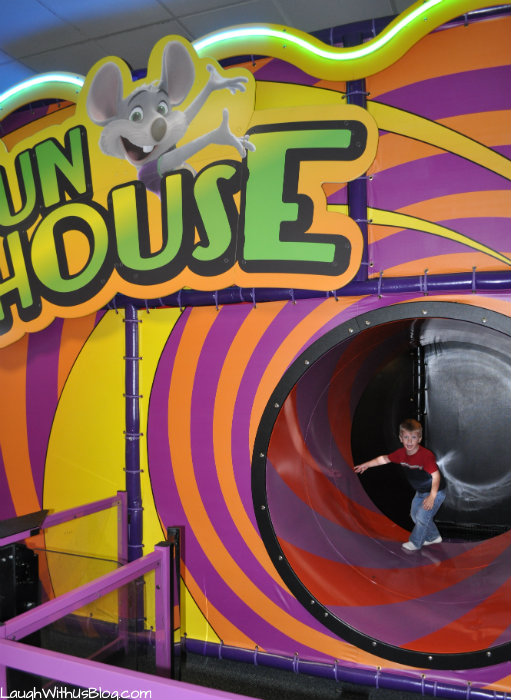 Chuck E Cheese Fun House