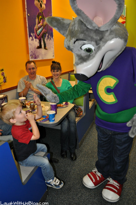 Chuck E Cheese high five