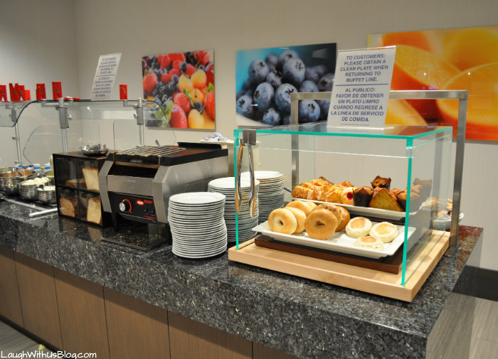 Best Breakfast Embassy Suites The Woodlands #PrettyGreat