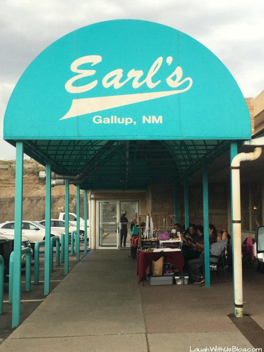 earls-outside-vendors