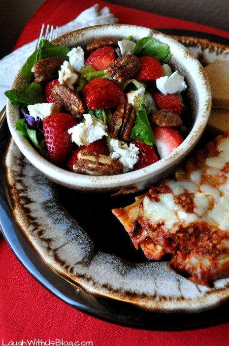 strawberry-pecan-goat-cheese-balsamic-salad