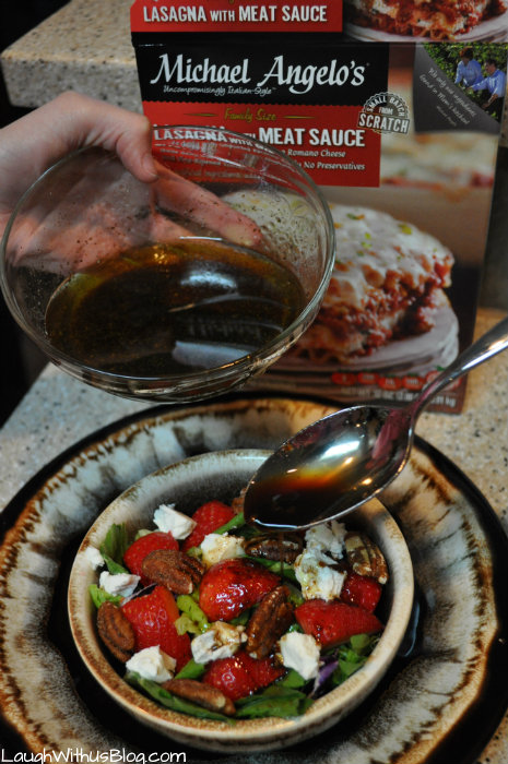 strawberry-pecan-goat-cheese-salad-with-balsamic-vinaigrette