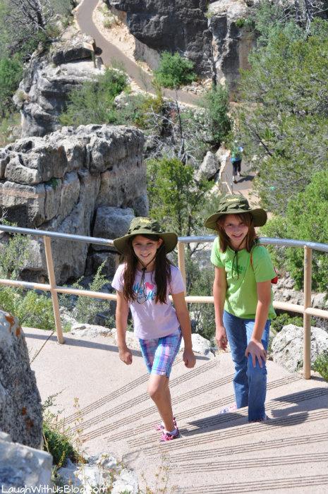 walnut-canyon-trails