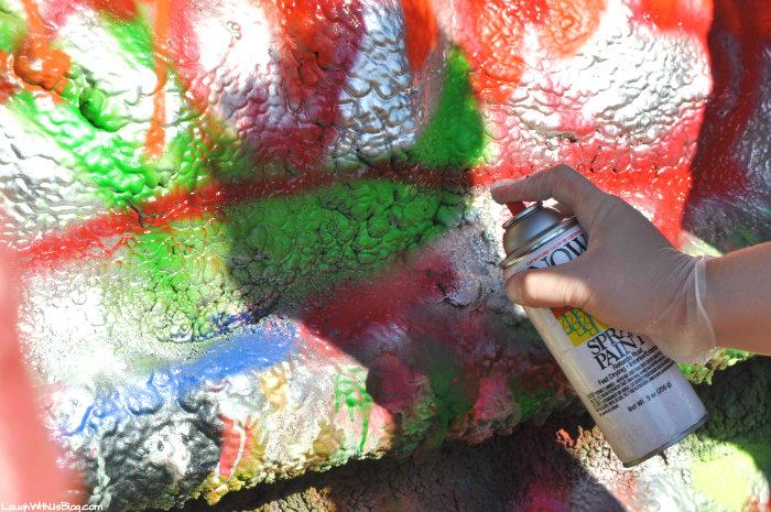 cadillac-ranch-spary-paint