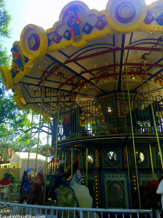 legoland-florida-carousel