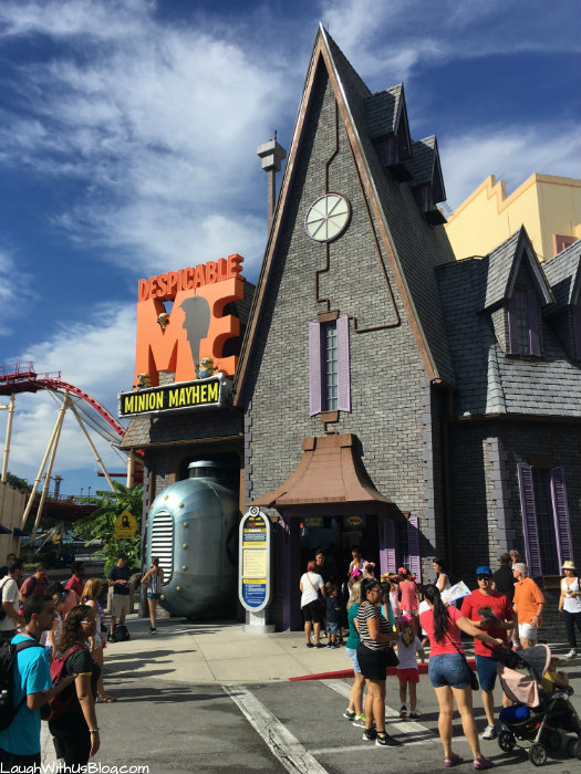 universal-studios-vip-experience-priority-front-of-line-access