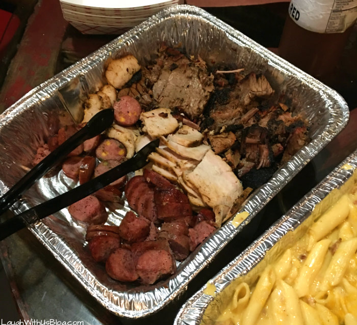 grapevine-foodie-tour-meat-u-anywhere-bbq