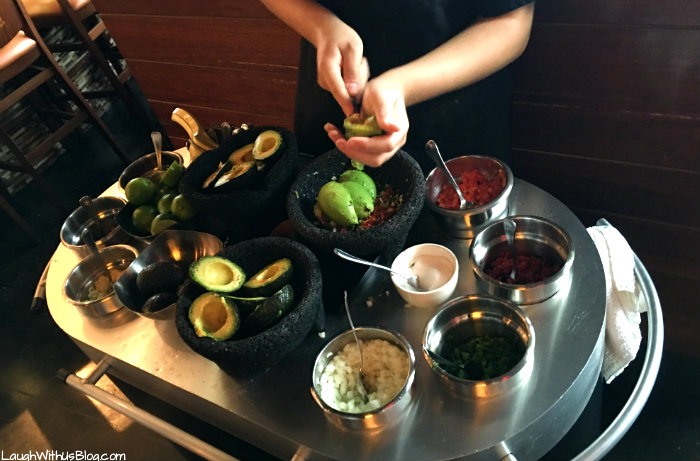 grapevine-foodie-tour-mi-dia-from-scratch-tableside-guac