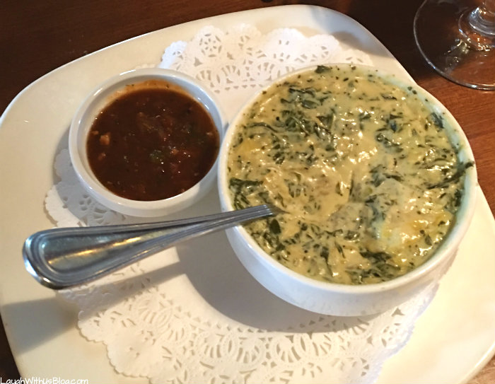 grapevine-foodie-tour-winewood-spinach-artichoke-dip