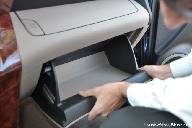reinstalling glove compartment