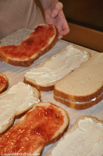 Put the sandwiches together