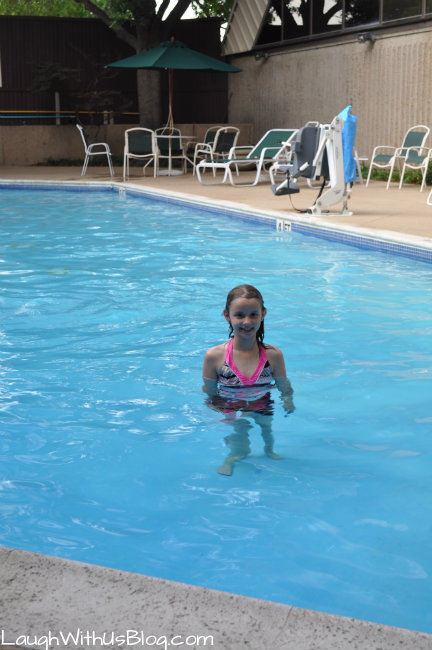 DoubleTree Dallas Galleria Swimming