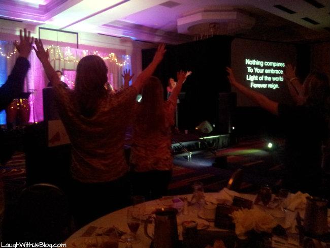 hand raising worship
