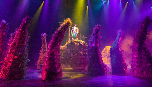 musicals-at-sight-and-sound-theaters-09