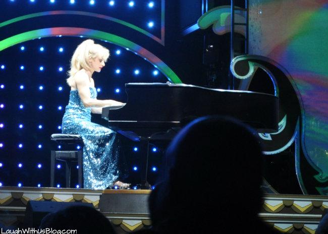 Janice Martin on piano