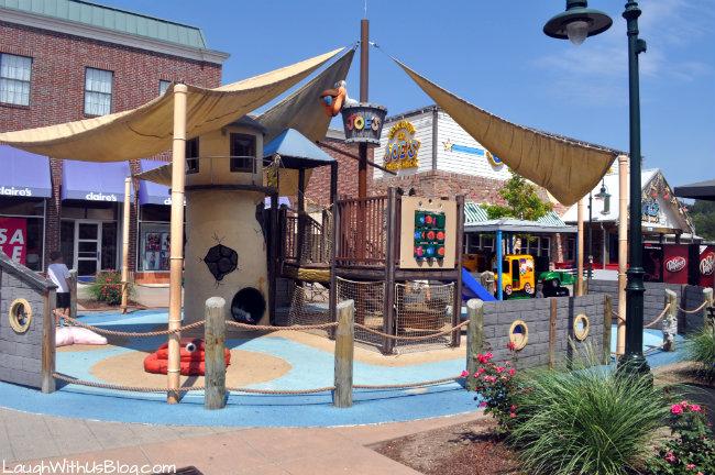 Joe's Crab Shack play area at Branson Landing