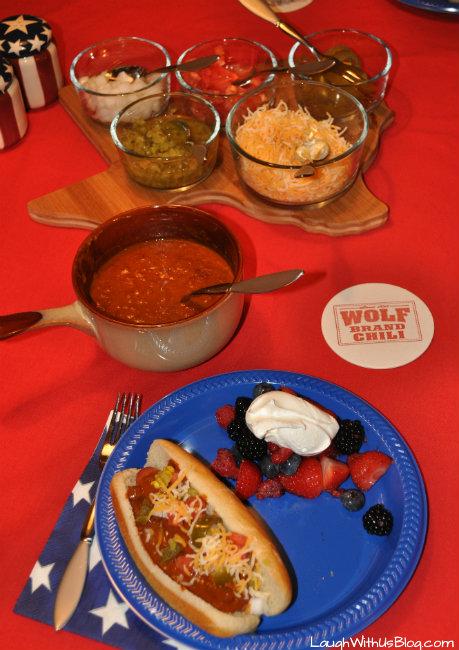 Wolf Brand Chili Hot Dogs #1TexasChili #ad