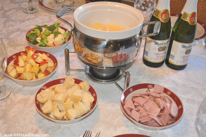 Swiss cheese fondue recipe swiss cheese fondue forumfinder Image collections