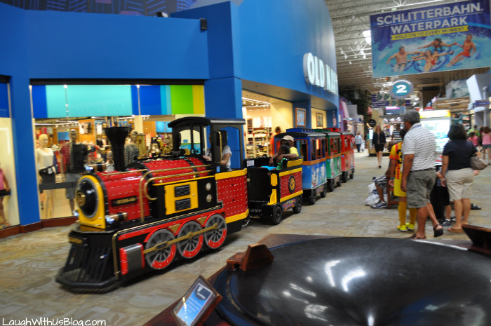 Train at Grapevine Mills Mall