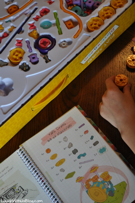 Building with GoldieBlox and TheBuilder's Survival Kit #GirlsNeedGoldie #ad