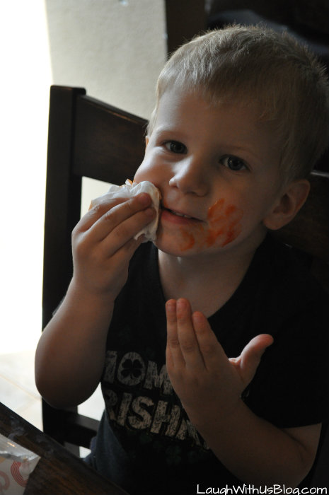 Huggies Wipes for messy eaters #TripleClean #ad