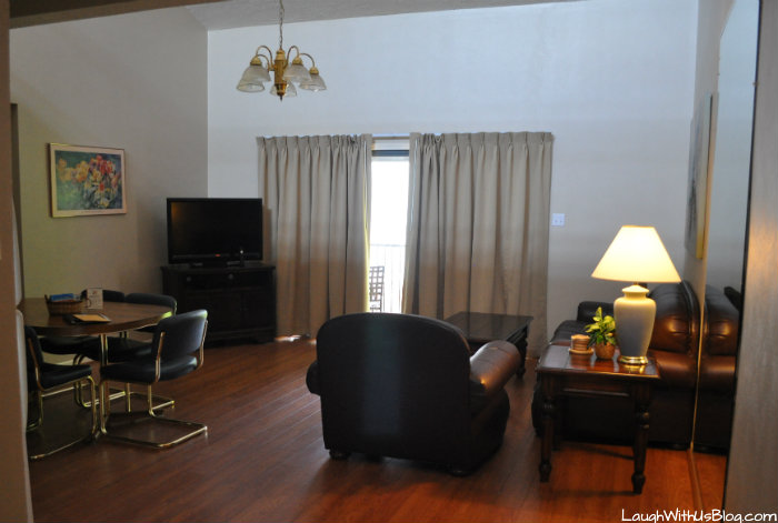 Lake Conroe Homeowners Sweetwater Living Area