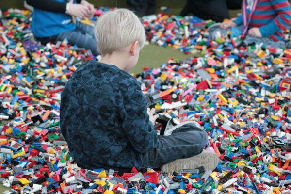 Brick child-in-brick-pit