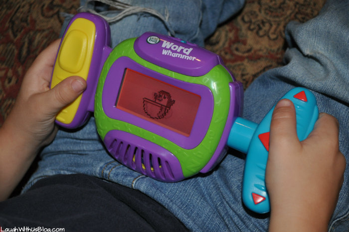 Game play with Leapfrog Word Whammer #LeapFrogMomSquad
