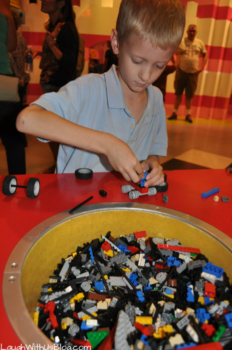 LEGO car building LEGOLAND Discovery Center #hosted