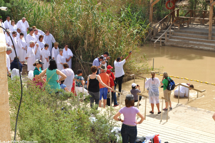 Jordan River People baptizing