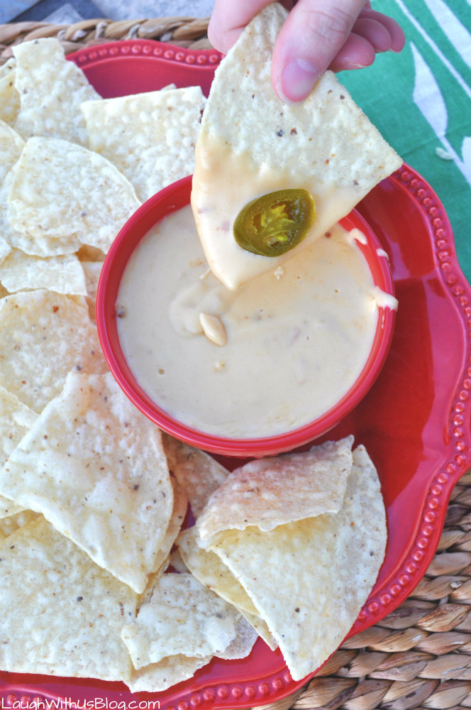 Homemade Nacho Cheese perfect for the Big Game #GameDayStains #ad