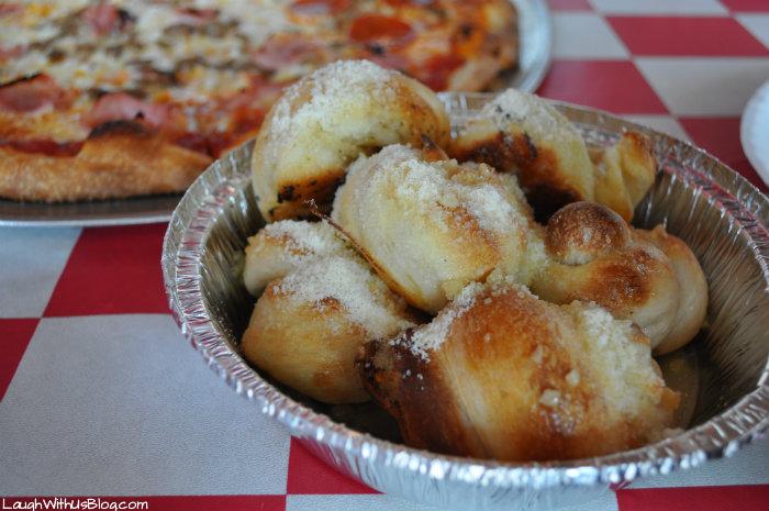 Sals Pizza Cafe Garlic Knots