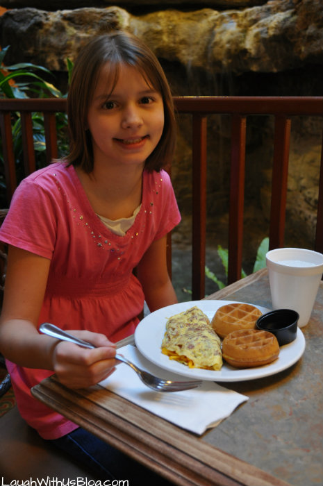 Embassy Suites Breakfast #hosted