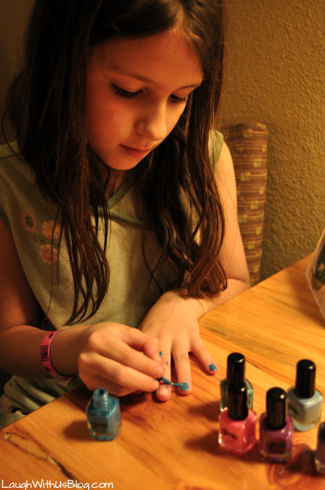Great Wolf Lodge Kid Cabin Suite Scoops Nail Polish