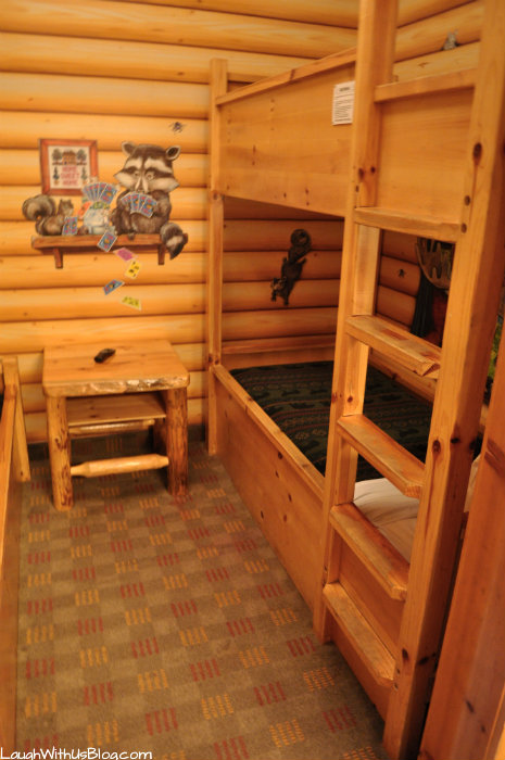 Kid Cabin Suite Bunks at GWL Grapevine