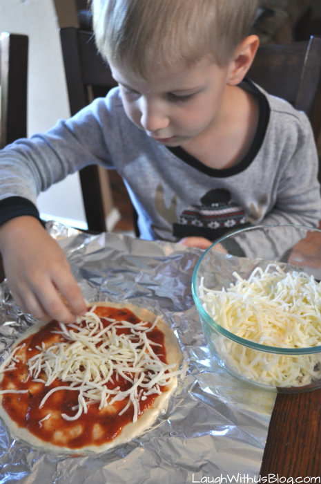 Easy Make your own pizzas for kids