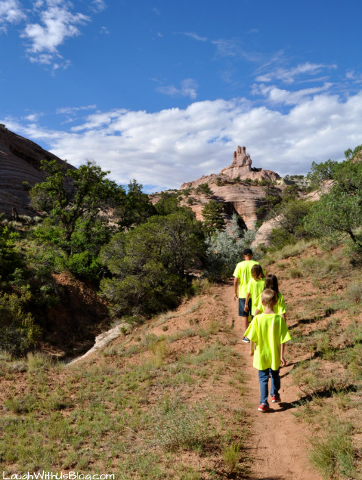Church Rock Hike Gallup NM with kids
