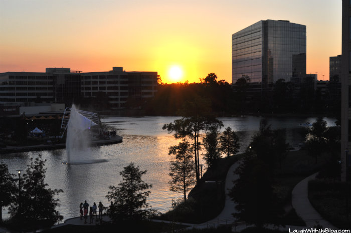 Sunset Embassy Suites The Woodlands #PrettyGreat