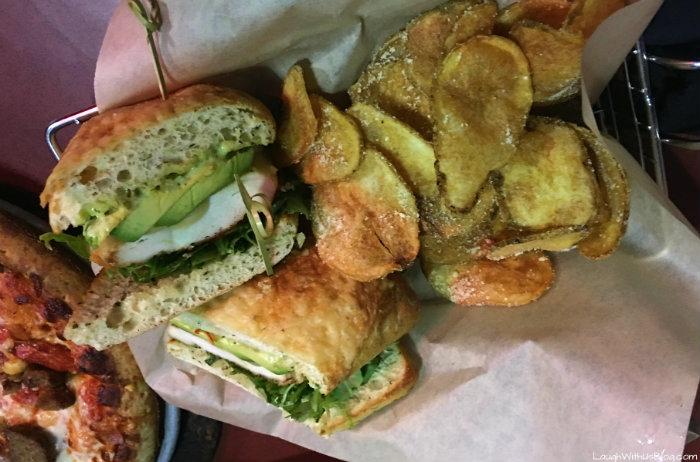 main-event-chicken-sandwich-eatbowlplay-headforfun-ad
