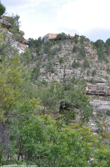 walnut-canyon-visitor-center