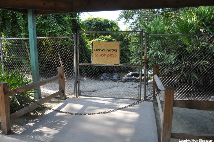 gatorland-hungry-gators-do-not-enter