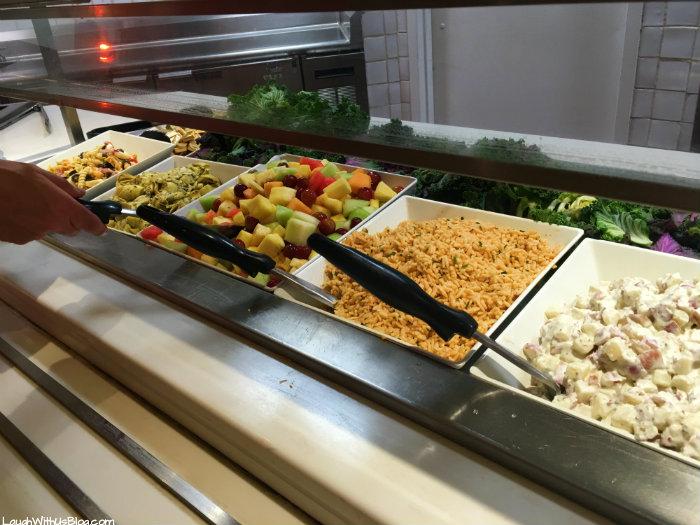 universal-studios-vip-experience-salads