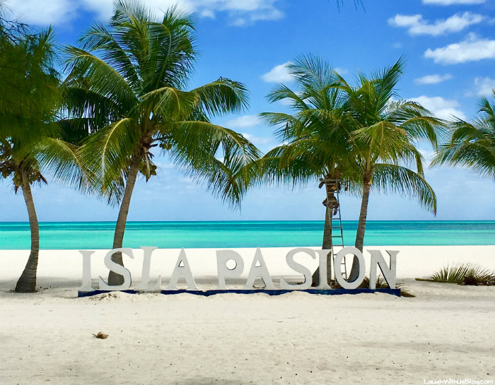 All Inclusive Passion Island By Catamaran Laugh With Us Blog