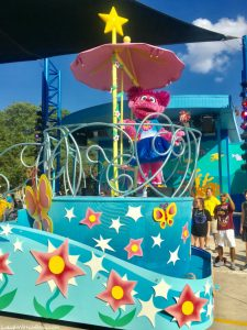 SeaWorld Texas Sesame Street® Party Parade and Dinner Package