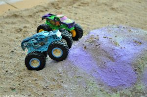 Hot Wheels Monster Trucks Course