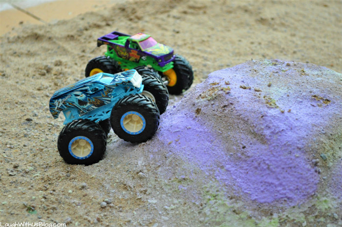 Hot Wheels Monster Trucks 32 Degrees and Test Subject